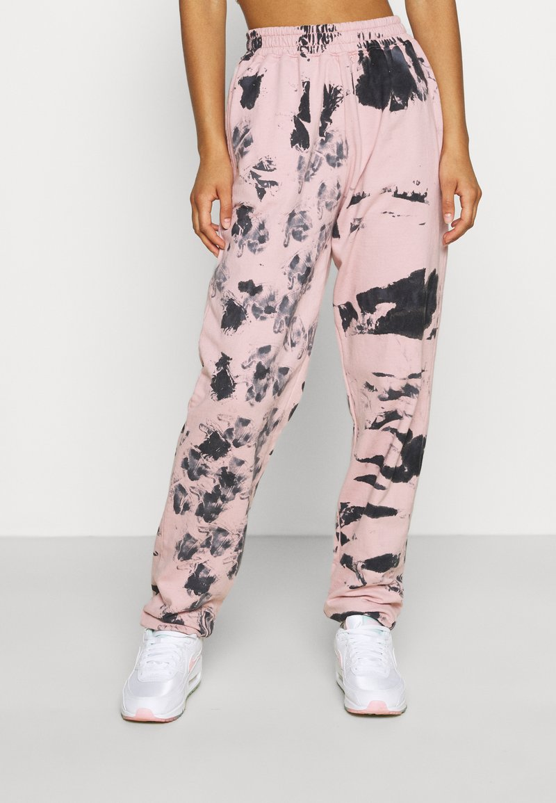 Missguided - TIE DYE JOGGER - Tracksuit bottoms - pink