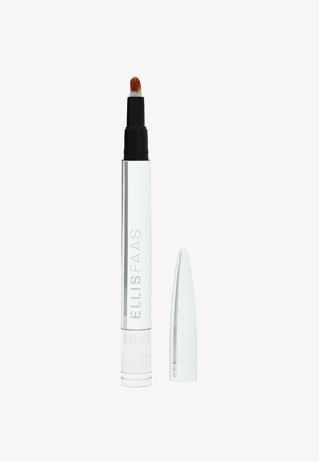 GLAZED LIPS - Flytande läppstift - sheer rusty orange