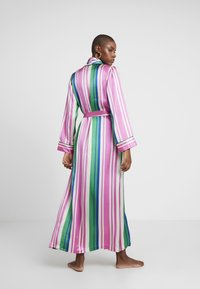 Hesper Fox - AINSLEY CLASSIC LONG ROBE - Dressing gown - pink/blue/white - 2