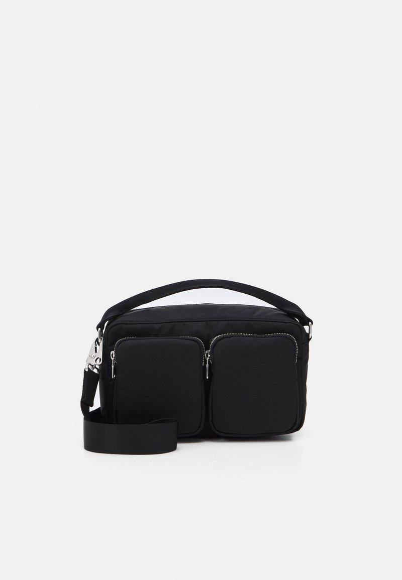 ARKET - BAG - Sac bandoulière - black dark