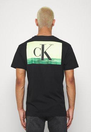 FESTIVAL TEE - Print T-shirt - black