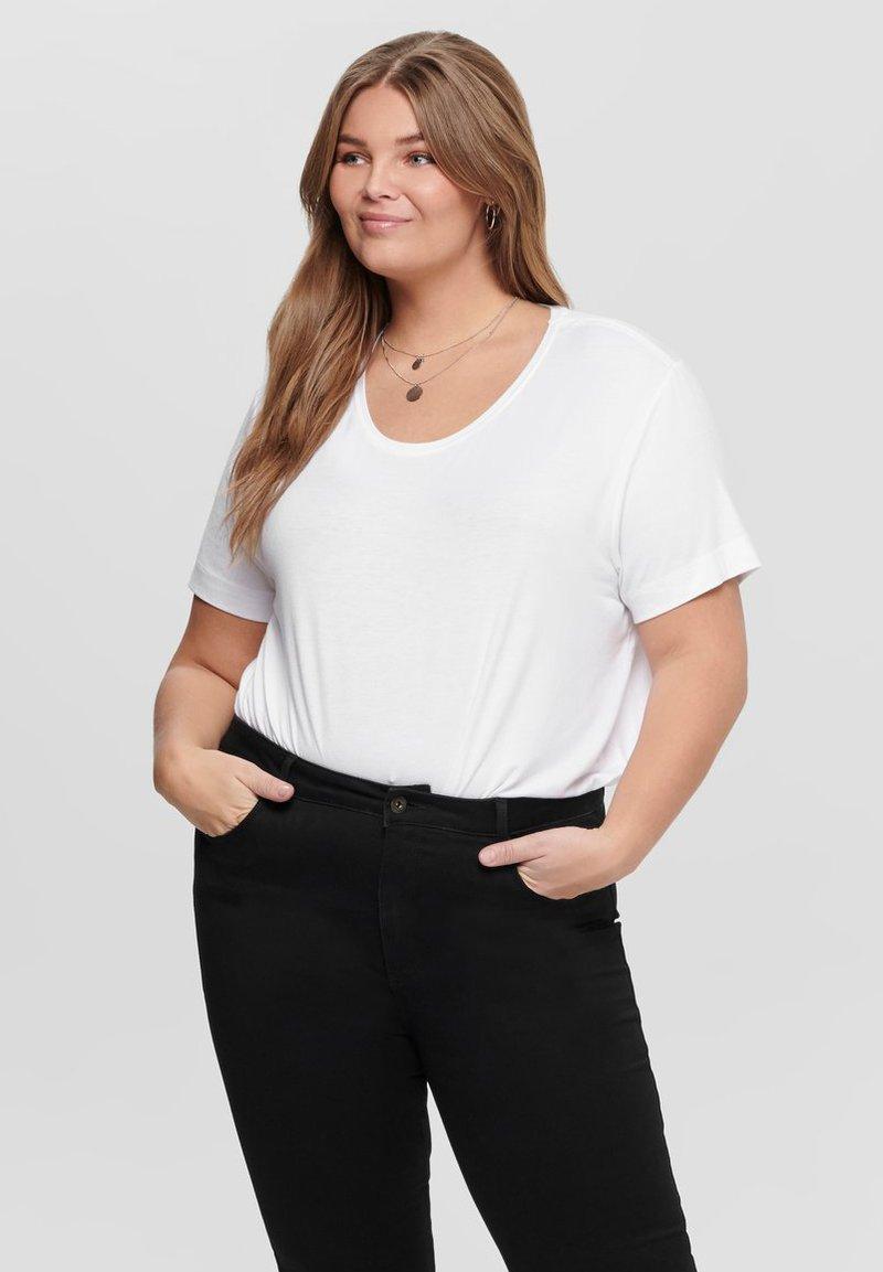 ONLY Carmakoma - CURVY - T-shirts - white