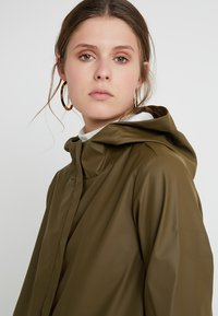 PIECES Tall - PCBOBBI RAINCOAT - Parka - beech - 3