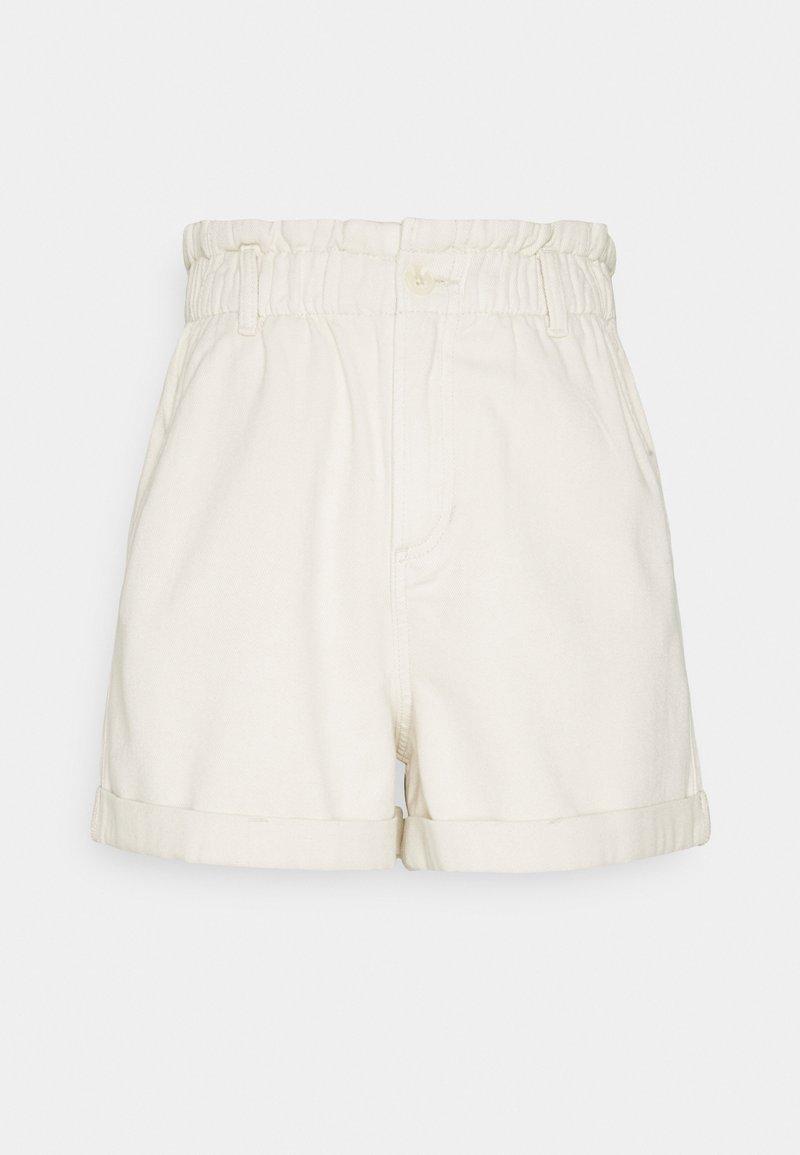 TOM TAILOR DENIM - CONSTRUCTED PAPERBAG - Denim shorts - soft creme/beige