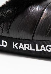 KARL LAGERFELD - ARKTIK - Pantuflas - black - 2