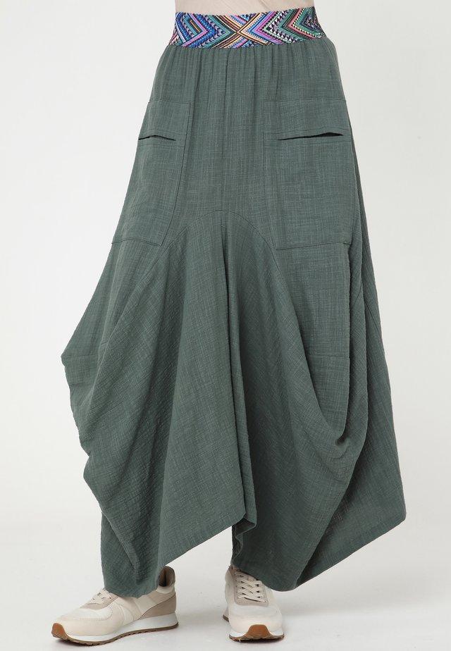 DANIA - Jupe longue - grün