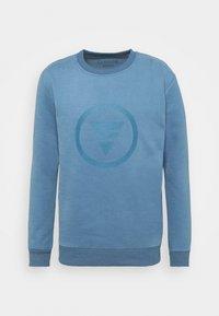 Curare Yogawear - ROUND NECK  CHEST PRINT - Sudadera - light blue - 0