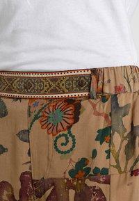 Desigual - PANT CLARIS - Trousers - green - 4