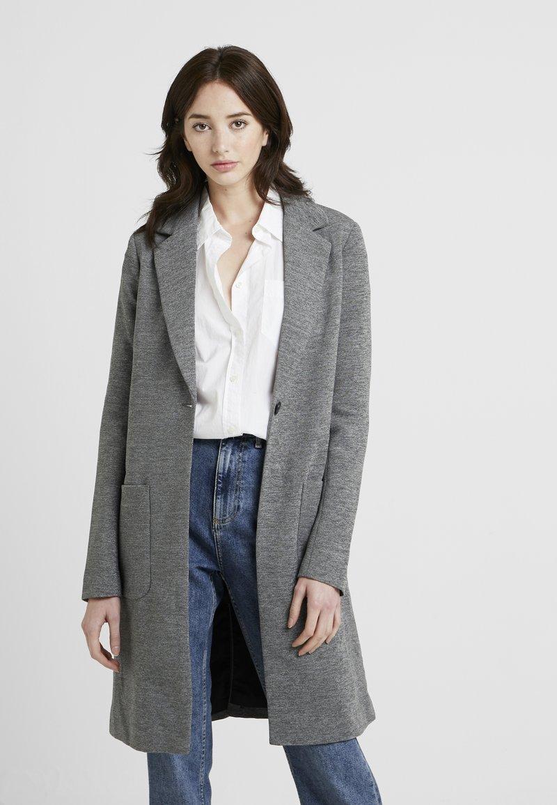 ONLY Tall - ONLASTRID LINDA COAT  - Zimní kabát - medium grey melange