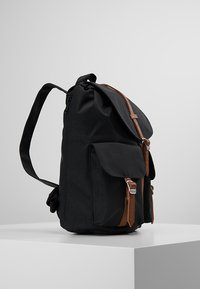 Herschel - DAWSON X SMALL - Reppu - black/tan - 3