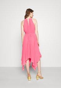 MICHAEL Michael Kors - HALTER CHAIN - Cocktail dress / Party dress - blush pink - 2