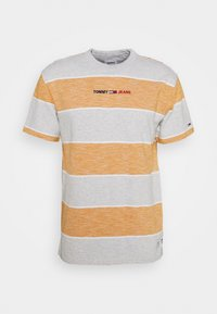 Tommy Jeans - STRIPE LINEAR LOGO TEE - T-shirt med print - orange - 0