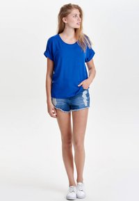 ONLY - ONLMOSTER ONECK - T-shirts - royal - 1
