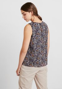Vero Moda - Bluse - night sky/liva
