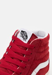 Vans - SK8 UNISEX  - Høye joggesko - chili pepper/true white - 5
