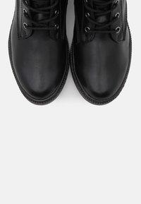Tamaris - BOOTS - Botki sznurowane - black - 5