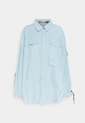 OVERSIZED UTILITY SHIRT - Skjorta - dusky blue