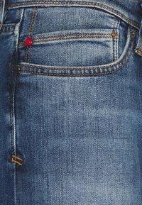 s.Oliver - HOSE LANG - Jeans Slim Fit - blue stret - 2