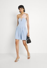 WAL G. - SIMONE CUPPED SKATER DRESS - Cocktail dress / Party dress - baby blue - 1