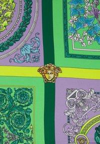 Versace - BAROCCO MOSAIC FOULARD UNISEX - Foulard - lilla/verde/acqua - 3