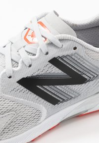 New Balance - HANZO R V3 - Competition running shoes - light aluminum - 5