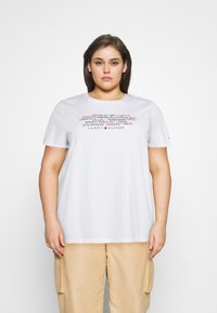 Tommy Hilfiger Curve - TEE REGULAR WOMEN UNITE - Print T-shirt - optic white - 0