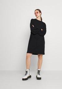NU-IN - PUFF SLEEVE DRESS - Jurk - black - 1