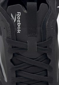 Reebok Classic - ZIG KINETICA HORIZON SHOES - Zapatillas - black - 8
