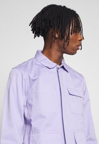 Another Influence - WORKER JACKET - Denim jacket - light lilac - 4