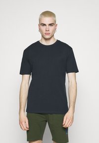 Newport Bay Sailing Club - CORE 3 PACK - T-shirt basic - black/navy/grey marl - 5