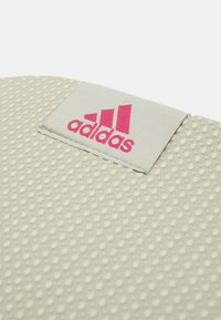 adidas Performance - YOGA MAT - Fitness / Yoga - halo green/black - 3