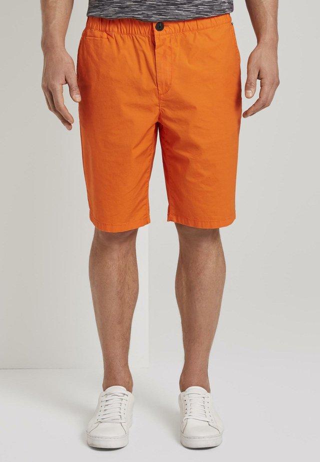MIT ELASTIS - Shorts - true orange