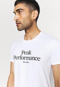 Peak Performance - ORIGINAL TEE - Print T-shirt - white - 3
