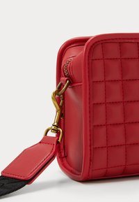 Versace Jeans Couture - CAMER BAG - Borsa a tracolla - rosso - 3