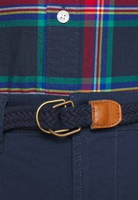 Only & Sons - ONSWILL LIFE BELT - Chinosy - dress blues - 3
