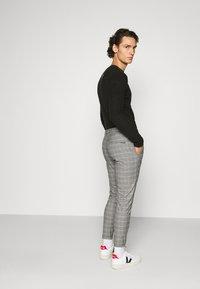 Gabba - PISA PETIT CHECK - Trousers - brown - 2