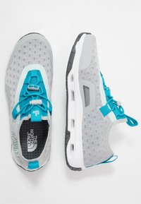 The North Face - SKAGIT WATER SHOE - Boty na vodní sporty - high rise grey/caribbean sea - 1