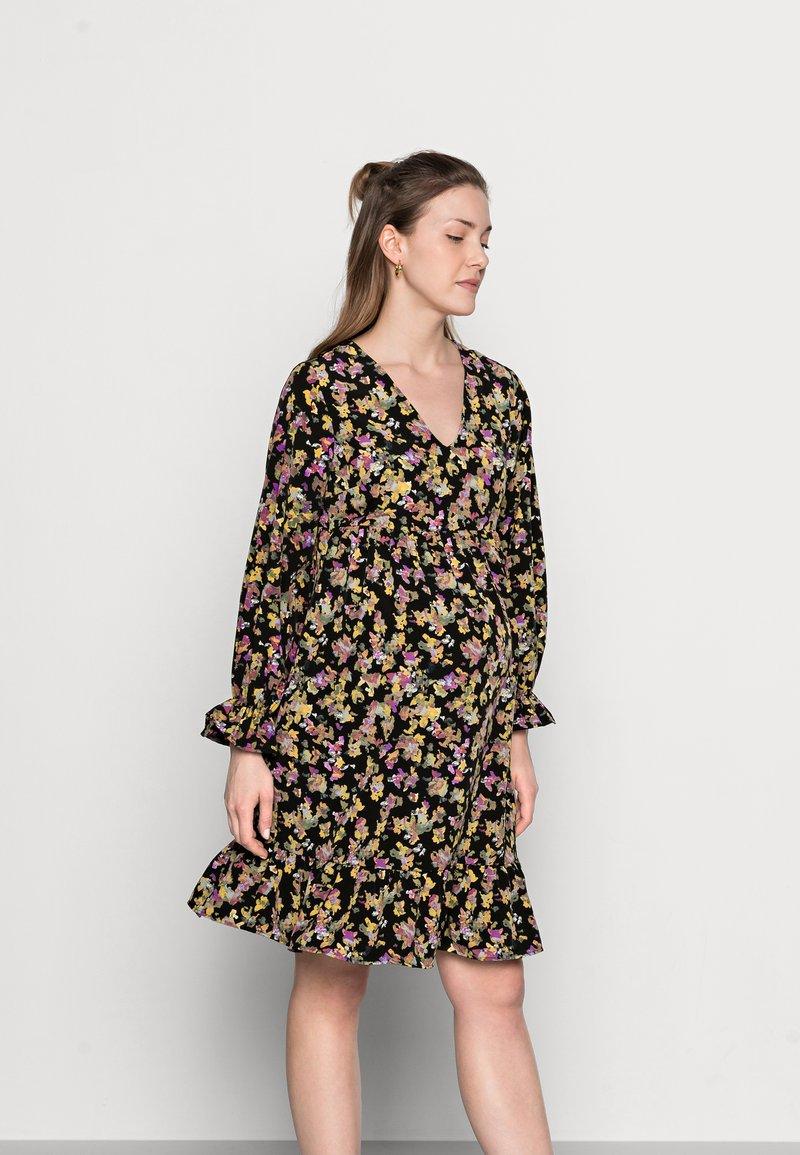 MAMALICIOUS - MLEMRA WOVEN DRESS  - Day dress - black/snow white / fall leaf /dewberry