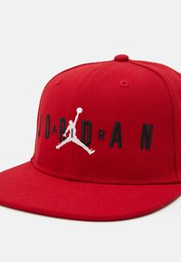 Jordan - JUMPMAN AIR - Cap - gym red - 3