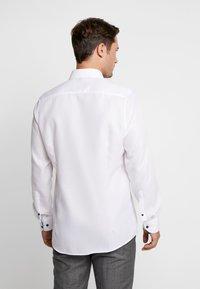 OLYMP Level Five - OLYMP LEVEL 5 BODY FIT  - Formal shirt - schwarz - 2