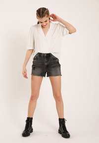 Pimkie - Button-down blouse - white - 1