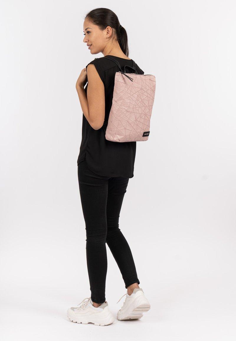 SURI FREY - KIMMY - Backpack - rose