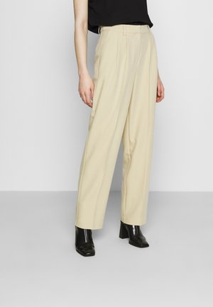 MATHILDE GØHLER SUIT PANTS - Broek - beige