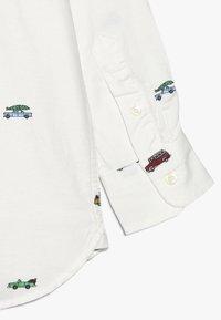 GAP - BOY  - Camisa - new off white - 2