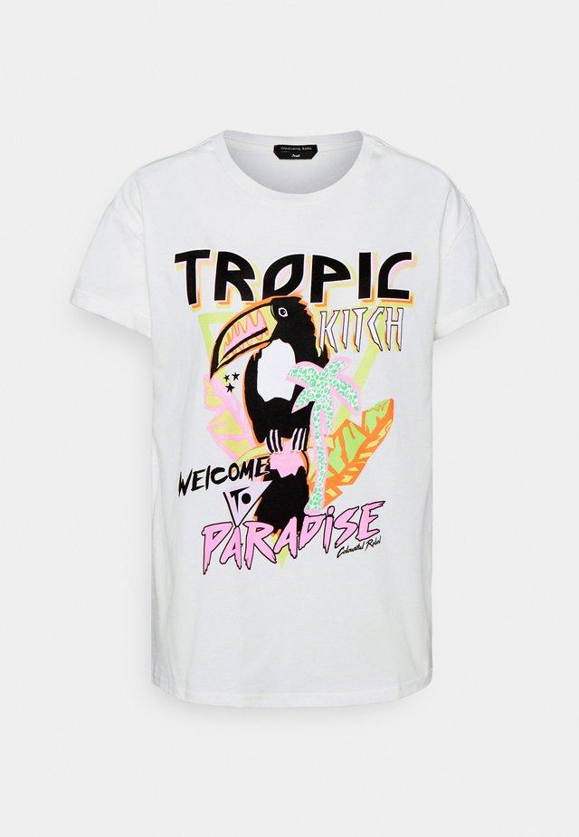 TROPIC TUCAN BOXY TEE - Print T-shirt - white
