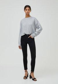 PULL&BEAR - PUSH UP - Jeans Skinny Fit - black - 1