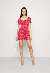 Missguided - DITSY FRILL DETAIL PUFF SLEEVE DRESS - Jerseykjole - red - 1