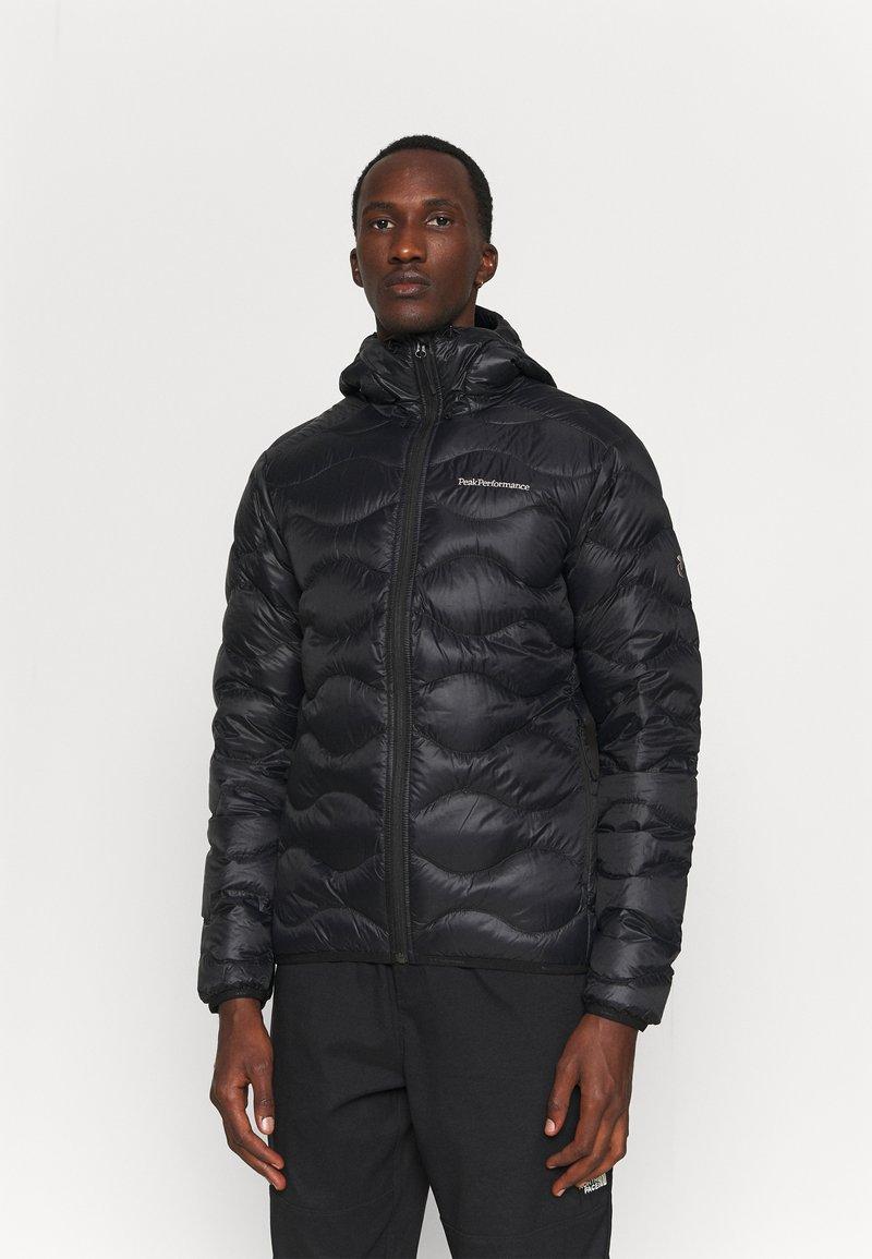 Peak Performance - HELIUM HOOD JACKET - Gewatteerde jas - black