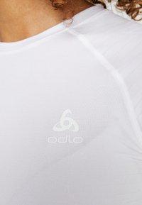 ODLO - CREW NECK PERFORMANCE LIGHT - Tílko - white - 5