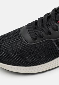s.Oliver - Trainers - black - 5